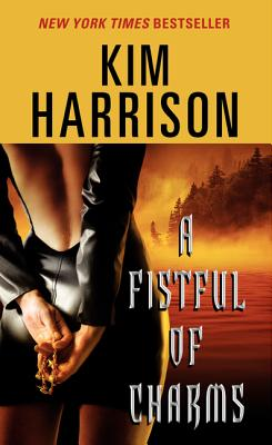 A Fistful of Charms (Hollows #4) Cover Image