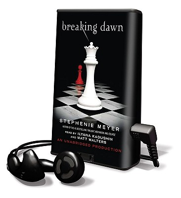 Breaking Dawn [With Earbuds] (Playaway Young Adult) Cover Image