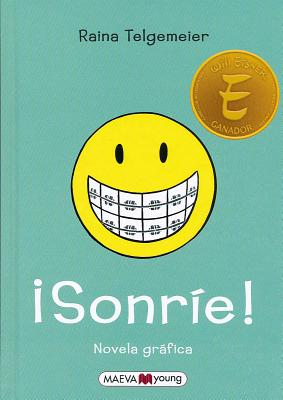 Sonrie! = Smile Cover Image