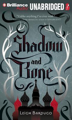 Shadow and Bone (Grisha Trilogy #1) cover