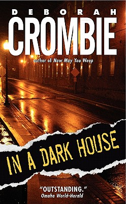 In a Dark House (Duncan Kincaid/Gemma James Novels #10) Cover Image