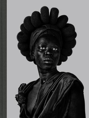 Zanele Muholi: Somnyama Ngonyama, Hail the Dark Lioness (1st Ed., 1st Printing) Cover Image