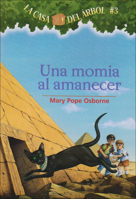 Una Momia Al Amanecer (Magic Tree House #3) Cover Image