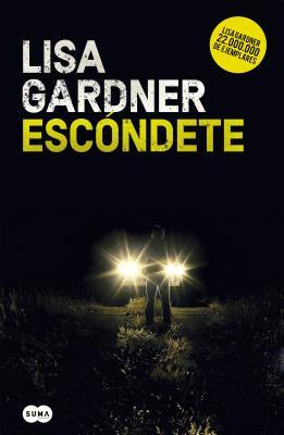 Escóndete / Hide (Detective D. D. Warren #1) Cover Image