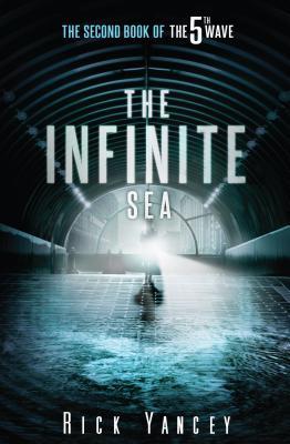 The Infinite Sea (5th Wave #2) Cover Image