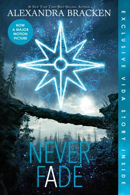 Never Fade (Bonus Content) (A Darkest Minds Novel #2) Cover Image