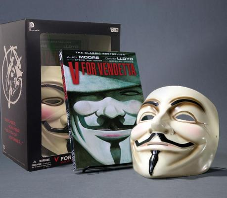 V for Vendetta Deluxe Collector Set [With Mask] Cover Image