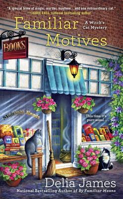Familiar Motives (A Witch's Cat Mystery #3) Cover Image