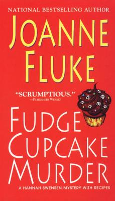 Fudge Cupcake Murder (A Hannah Swensen Mystery #5) Cover Image