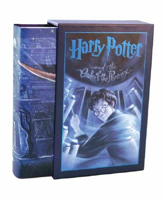 Harry Potter and the Order of the Phoenix - Deluxe Edition Cover Image