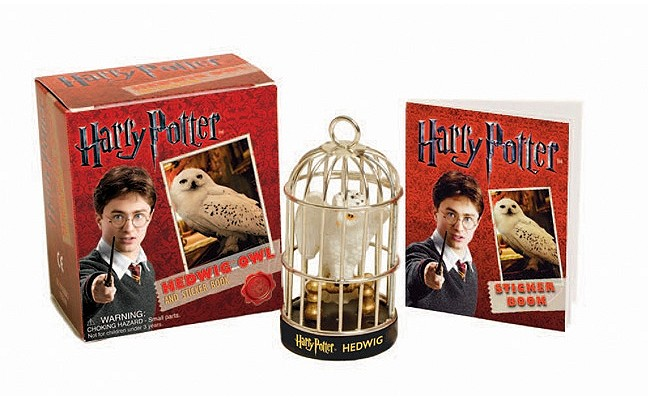 Harry Potter Hedwig Owl Kit and Sticker Book (RP Minis) Cover Image