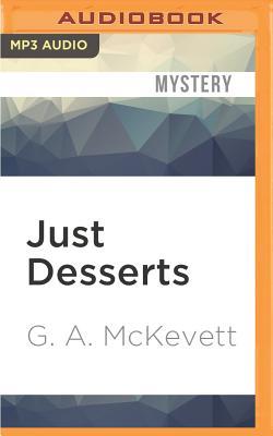 Just Desserts (Savannah Reid Mysteries #1) Cover Image