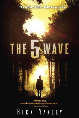 The 5th Wave: The First Book of the 5th Wave Series Cover Image