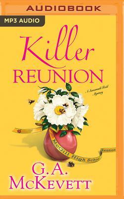 Killer Reunion (Savannah Reid Mysteries #21) Cover Image