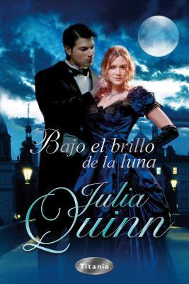 Cover for Bajo el Brillo de la Luna = Everything and the Moon