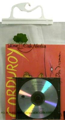 Corduroy (1 Paperback/1 CD) [With Paperback Book] (Live Oak Readalongs) Cover Image
