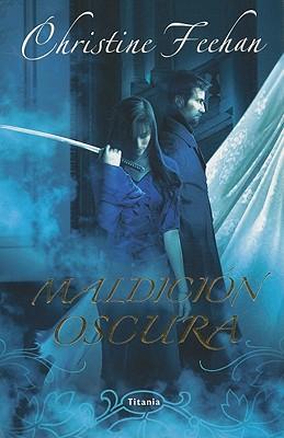 Maldicion Oscura = Dark Curse (Titania Fantasy) Cover Image