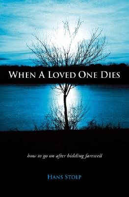 Cover for When a Loved One Dies