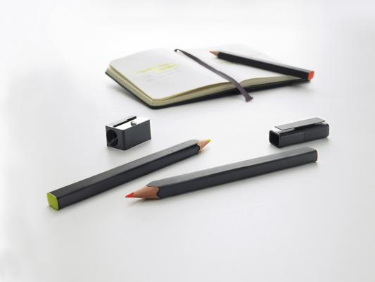 Moleskine Highlighter Pencil Set, Black, Large Point (3.0 MM), Fluorescent Orange and Yellow Lead:  with Cap and Sharpener (Writing Collection) Cover Image