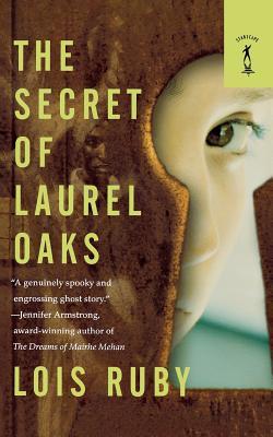 The Secret of Laurel Oaks Cover Image