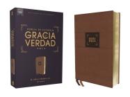Nbla Biblia de Estudio Gracia Y Verdad, Leathersoft, Café, Interior a DOS Colores Cover Image