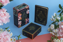 Botanica: A Tarot Deck about the Language of Flowers Cover Image
