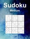 Sudoku: 100 Puzzles mit Lösungen - 9 x 9 Raster - 100 Seiten - Insgesamt 126 Seiten. Mittlere Stufe Großdruck - Space Cover Cover Image