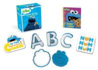 Sesame Street: Cookie Monster Cookie Cutter Kit (RP Minis) Cover Image