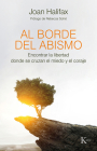 Al borde del abismo: Encontrar la libertad donde se cruzan el miedo y el coraje Cover Image