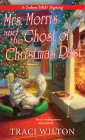 Mrs. Morris and the Ghost of Christmas Past (A Salem B&B Mystery #3) Cover Image