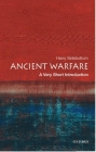 Ancient Warfare: A Very Short Introduction (Very Short Introductions) Cover Image