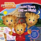 Daniel Tiger's Day and Night (Daniel Tiger's Neighborhood) Cover Image