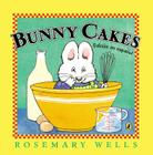 Bunny Cakes (Edición en español) (Max and Ruby) Cover Image
