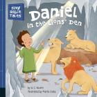 Daniel in the Lions' Den (Tiny Bible Tales) Cover Image